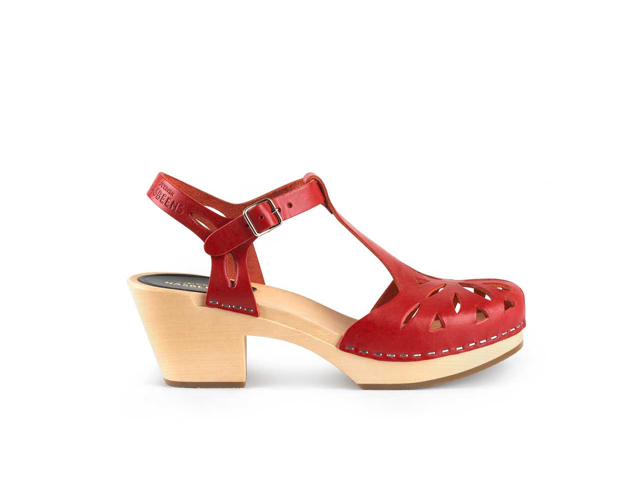 Lacy Sandal Red